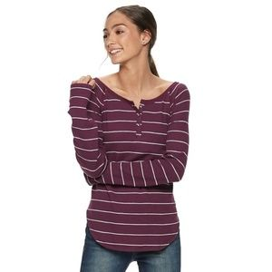 NWT Striped Juniors' SO® Thermal Henley Top XXS